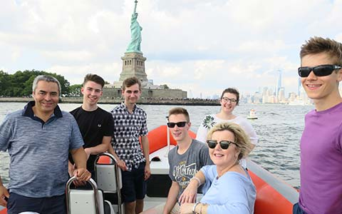 New-York-Student-Investor-trip-statue-liberty