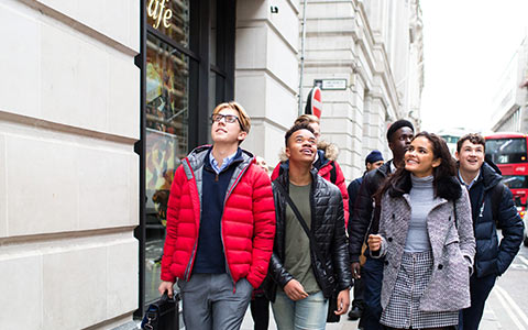 Students-in-the-City-of-London